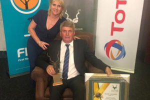 Tokkie Botes awarded Corporate Contribution Award.